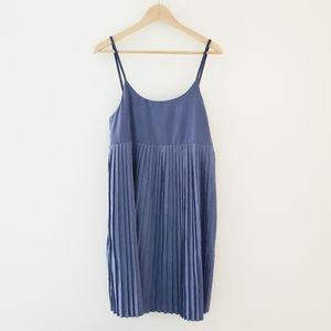 Oak + Fort Cornflower Blue Pleated Dress Small Med